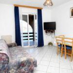 Apartament 4-osobowy z tarasem z widokiem na morze z 2 pomieszczeniami sypialnianymi A-9166-a