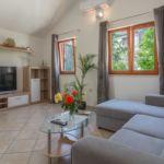 Apartament cu aer conditionat cu terasa cu 1 camera pentru 4 pers. K-15355