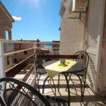 Apartament 3-osobowy z balkonem z klimatyzacją z 2 pomieszczeniami sypialnianymi