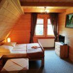 Camera dubla cu vedere spre munte cu panorama (se poate solicita pat suplimentar)