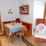 2-Zimmer-Apartment für 5 Personen Obergeschoss mit Aussicht auf die Berge