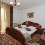 Apartament cu aer conditionat cu terasa cu 2 camere pentru 4 pers. A-16016-a