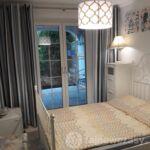 Apartament cu grup sanitar cu bucatarie proprie cu 1 camera pentru 4 pers. (se poate solicita pat suplimentar)