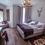 2-Room Suite for 4 Persons