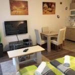 Apartament deluxe la parter cu 2 camere pentru 6 pers.