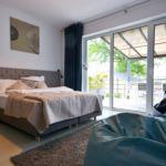 Apartament 6-osobowy z tarasem z widokiem na jezioro z 2 pomieszczeniami sypialnianymi