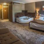 Deluxe Komfort franciaágyas szoba