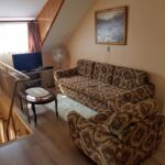 Apartament 6-osobowy na poddaszu Przyjazny podróżom rodzinnym z 3 pomieszczeniami sypialnianymi