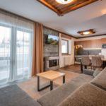 Apartament 2-osobowy z balkonem z 1 pomieszczeniem sypialnianym (możliwa dostawka)