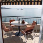 Apartament 4-osobowy z tarasem z widokiem na morze z 2 pomieszczeniami sypialnianymi (możliwa dostawka)