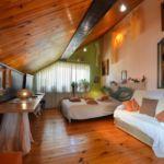 Tetőtéri tízágyas szoba