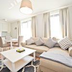 Apartament deluxe cu aer conditionat pentru 4 pers. (se inchirieaza doar integral)