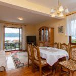 Apartament confort cu vedere spre mare cu 3 camere pentru 6 pers.