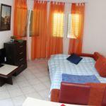 Apartament economy cu vedere spre mare cu 2 camere pentru 4 pers.
