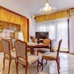 Apartament 6-osobowy Komfort z tarasem z 3 pomieszczeniami sypialnianymi