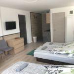 Földszinti Lux ötágyas szoba (pótágyazható)