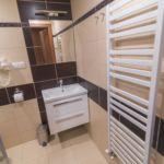 Zuhanyzós kétágyas szoba (pótágyazható)