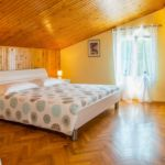 Apartament confort cu vedere spre mare cu 2 camere pentru 4 pers.