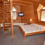 Apartament 4-osobowy Romantyczny z widokiem na ogród z 2 pomieszczeniami sypialnianymi
