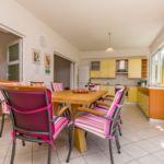 Apartman s klimatizací pro 8 os. se 4 ložnicemi s výhledem na moře (s možností přistýlky)