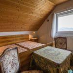 Apartament art cu vedere spre lac cu 3 camere pentru 8 pers. (se poate solicita pat suplimentar)