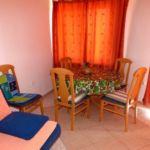 Apartament confort cu aer conditionat cu 3 camere pentru 4 pers.