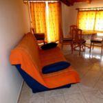 Apartament standard cu vedere spre mare cu 3 camere pentru 4 pers.
