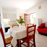 Apartman s klimatizací s manželskou postelí s 1 ložnicí v přízemí (s možností přistýlky)