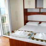 Apartament cu aer conditionat cu vedere spre mare cu 1 camera pentru 3 pers. AS-1014-c