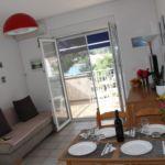 Apartament 3-osobowy z klimatyzacją z widokiem na morze z 1 pomieszczeniem sypialnianym A-3480-b