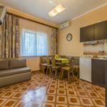Apartament 5-osobowy na parterze Przyjazny podróżom rodzinnym z 3 pomieszczeniami sypialnianymi