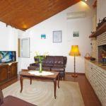 Tengerre néző légkondicionált 7 fős apartman 3 hálótérrel K-13642