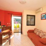 Apartman s klimatizací pro 5 os. se 2 ložnicemi s výhledem na moře A-13732-c