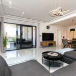 Apartament cu aer conditionat cu vedere spre mare cu 2 camere pentru 6 pers.