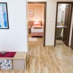 Apartament 2-osobowy na parterze z własną kuchnią z 1 pomieszczeniem sypialnianym (możliwa dostawka)