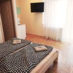 Teraszos Standard franciaágyas szoba (pótágyazható)