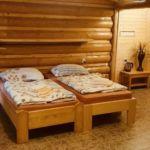 Fürdőszobás ötágyas szoba