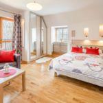 Balkonos Romantik négyágyas szoba
