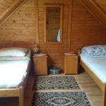 Udvarra néző Családi háromágyas szoba (pótágyazható)