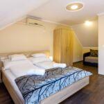 Standard Apartman pro 5 os. se 2 ložnicemi v podkroví (s možností přistýlky)