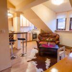 Apartament cu chicineta proprie cu aer conditionat pentru 4 pers.