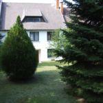 Apartman pro 5 os. se 2 ložnicemi s výhledem do zahrady v přízemí