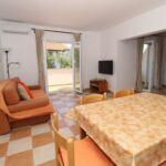 Apartman s klimatizací pro 6 os. se 2 ložnicemi s výhledem na moře A-6418-e
