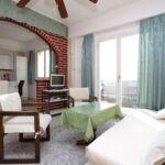 Apartament cu aer conditionat cu vedere spre mare cu 3 camere pentru 8 pers. A-16344-a