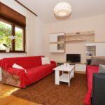 Apartament 6-osobowy z klimatyzacją z tarasem z 2 pomieszczeniami sypialnianymi A-16485-a