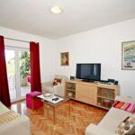 Apartament 8-osobowy z klimatyzacją z tarasem z 4 pomieszczeniami sypialnianymi A-16652-a