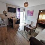 2-Zimmer-Apartment für 5 Personen mit Klimaanlage und Balkon A-16944-b