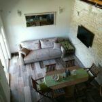 Apartament 6-osobowy z klimatyzacją z tarasem z 2 pomieszczeniami sypialnianymi K-16964