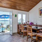Apartman s klimatizací pro 4 os. se 2 ložnicemi s výhledem na moře A-17056-b