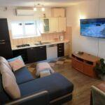 Apartament 3-osobowy z klimatyzacją z widokiem na morze z 1 pomieszczeniem sypialnianym A-17061-a